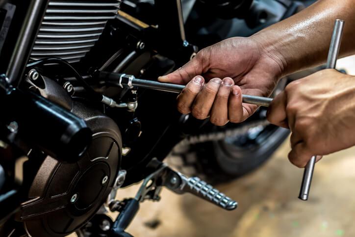 réparer votre moto