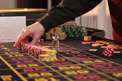 Casino Oscar Bianca